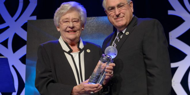 Governor Kay Ivey Receives Chairman's Award at BCA Event